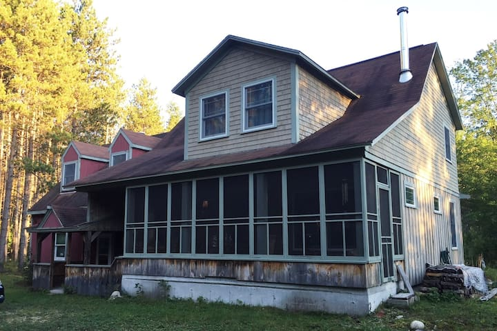 Classic, cozy bungalow near Saco River - Brownfield - Ev