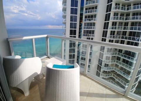 SUNNY ISLES GORGEOUS Apart 2210!! (+hotel fees)