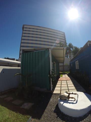 Casa Container Foz do Iguaçu / Região Central (VD)