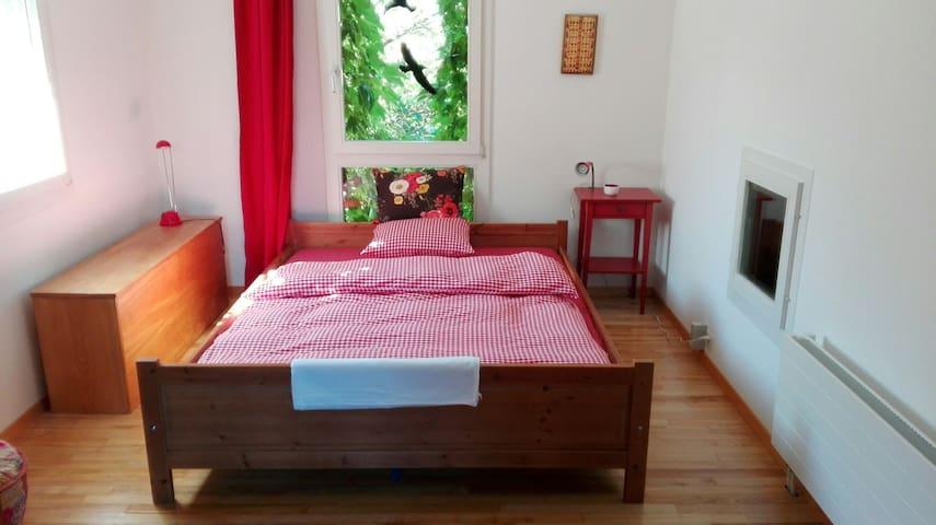 Schönes Gästezimmer 20 m2 / Beautiful guest-room