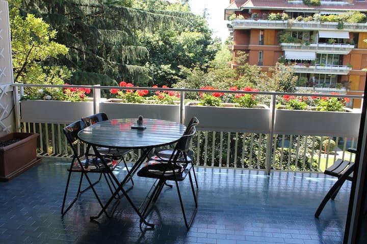 Casa Alberata, trilocale nel verde di Milano2