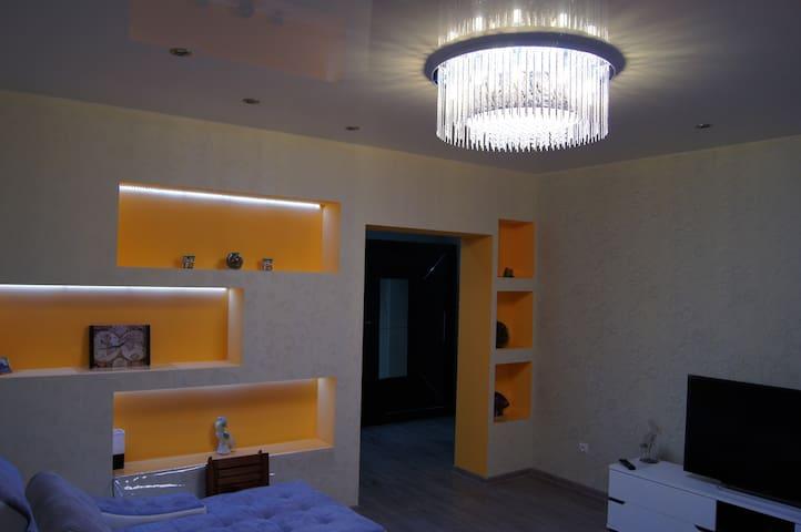 Апартаменты 2-комнатные  Московский проспект рядом
