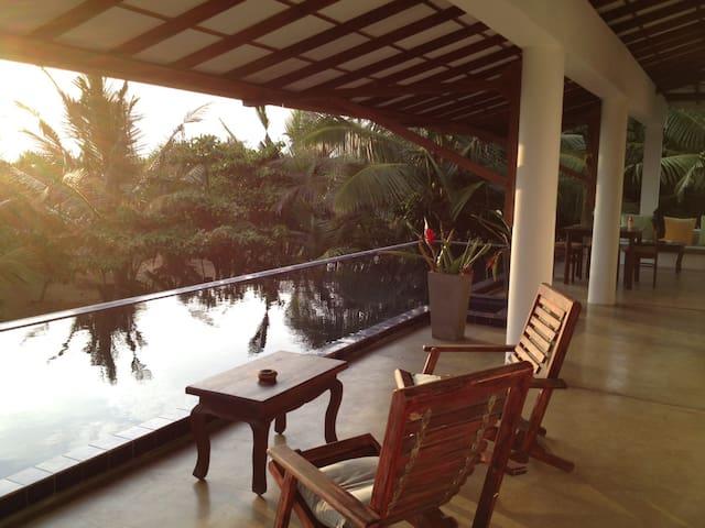 Sri lanka Beach House Hotel - Dodanduwa - Casa de camp