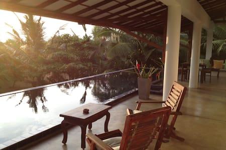 Sri lanka Beach House Hotel - Dodanduwa - Villa
