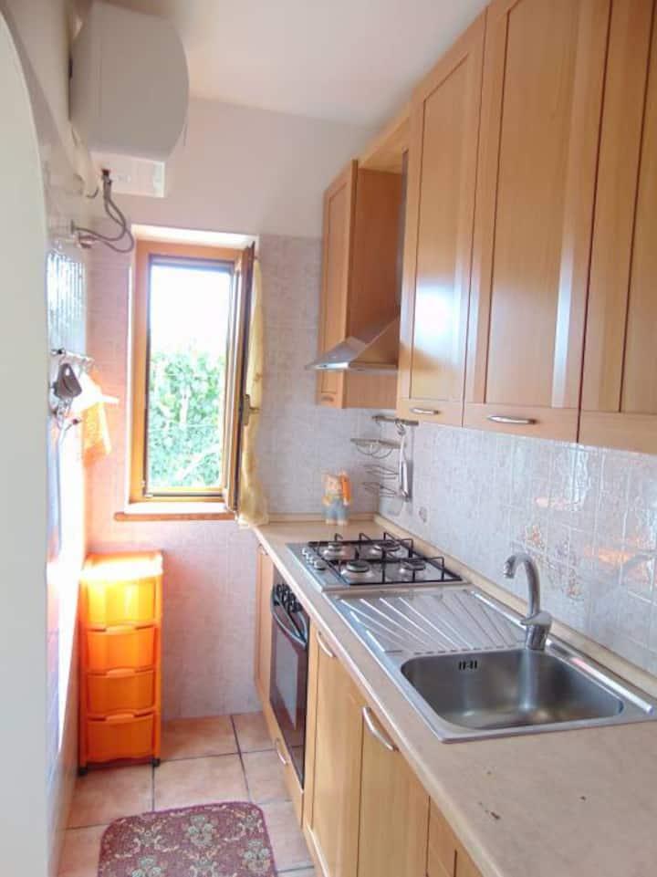 Appartamento in villa con 2 bagni 200m spiaggia