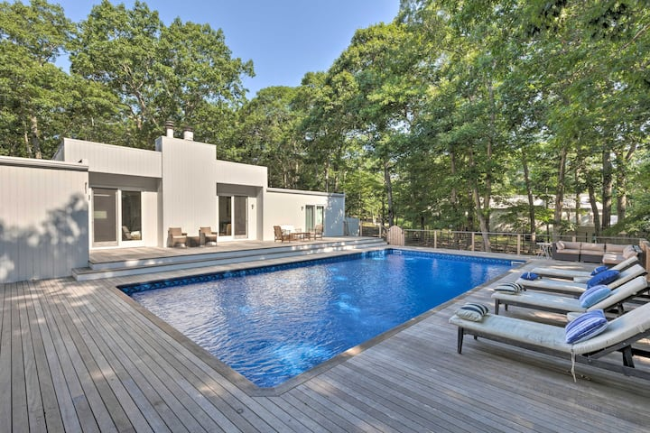 Hamptons Home w/ Heated Pool - Walk to Beach!