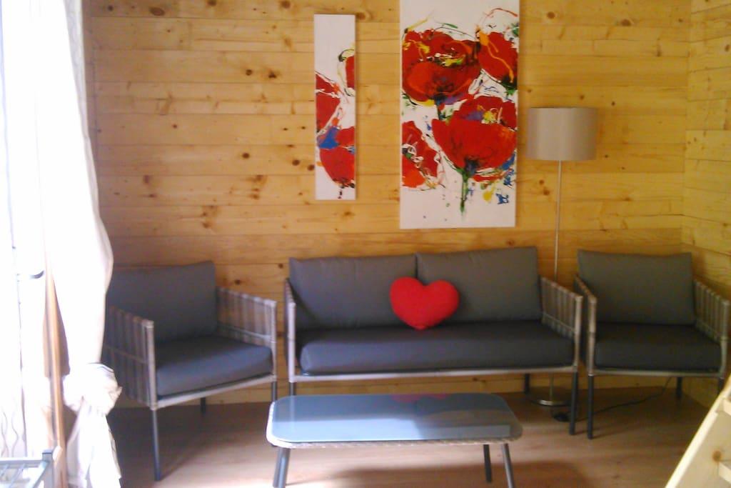 Salon privé donnant sur une terrasse de 25 m2