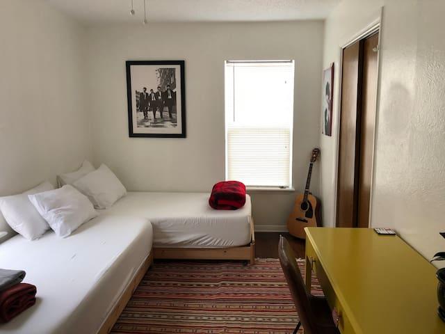Montopolis Room
