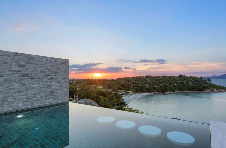 Villa 4 ch vue mer piscine privée à 200 m plage