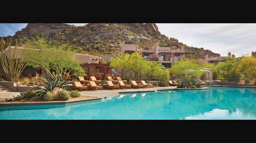 APRIL 23-30 Four Seasons  2BR Villa - Scottsdale - Villa