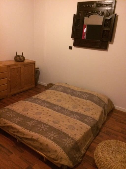 Chambre dans grande maison houses for rent in chaligny for Chambre a part couple