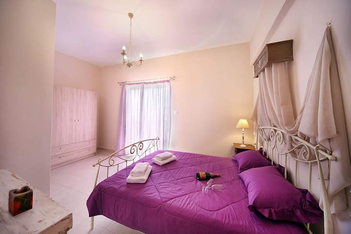 Sfakia View Apartments - Purple - Hora Sfakion - อพาร์ทเมนท์