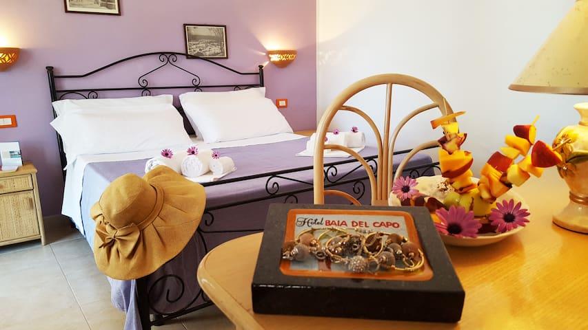 Hotel Baia del Capo - Camera Matrimoniale