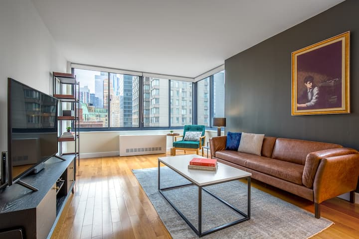 Mod Midtown 1BR w/ Pool, Gym, Parking, nr. Times Square, by Blueground