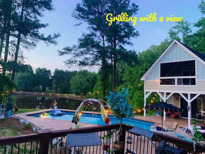 Best Pool House in Triangle Area on Gorgeous Pond.