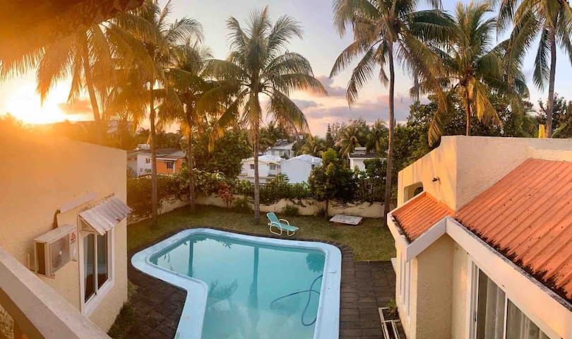 Villa piscine chambre privée Bluebay Pointe d'Esny