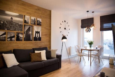 Przytulny salon z narożną sofą