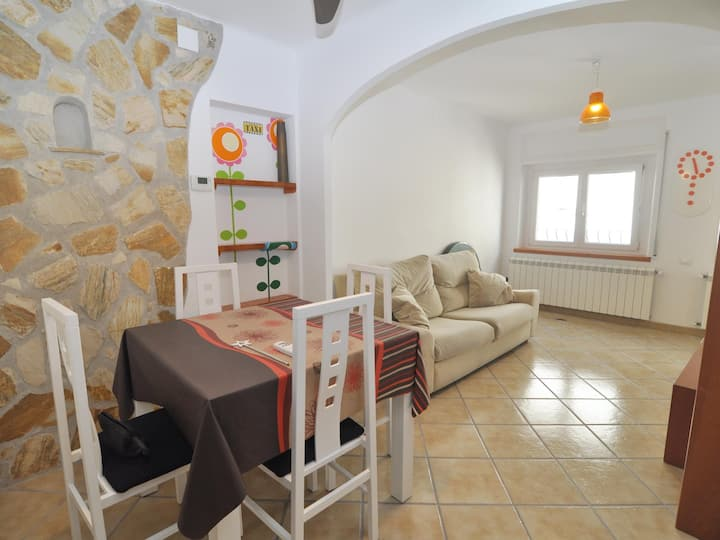 HOUSE IN THE CENTER OF THE VILLAGE 250 M FROM THE BEACH