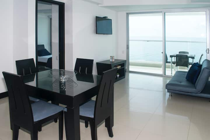 Oceanfront Luxury Condo 2BR 2BATH Modern Building