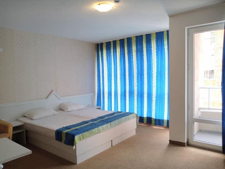 Несебър - Делукс двойна стая с балкон