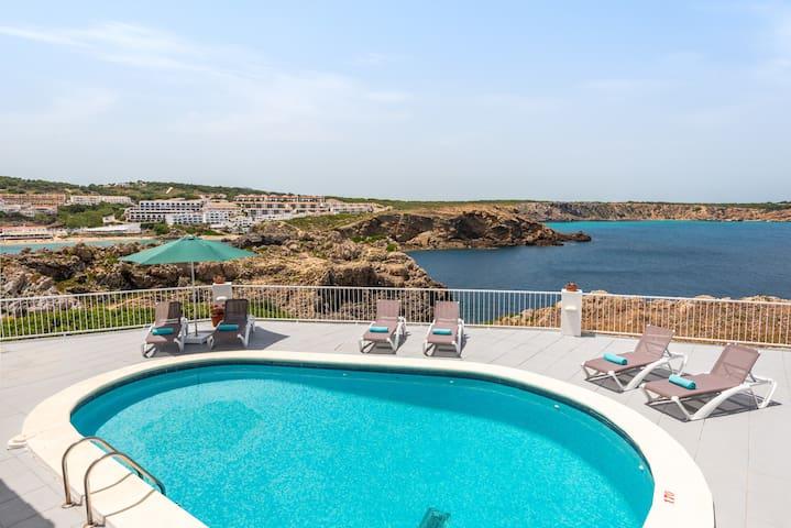 Villa Margarita❤️private pool great seaview and AC ❤️