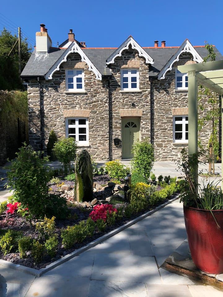 Explore Exmoor while stayBeautiful Victorian House