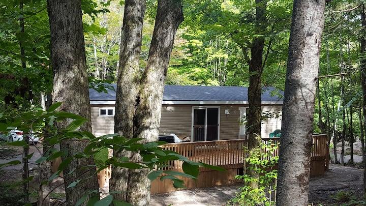 Bonnie Lake Cottage