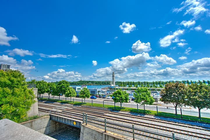 Riverfront Condo Old-Port of Montreal w/ Parking