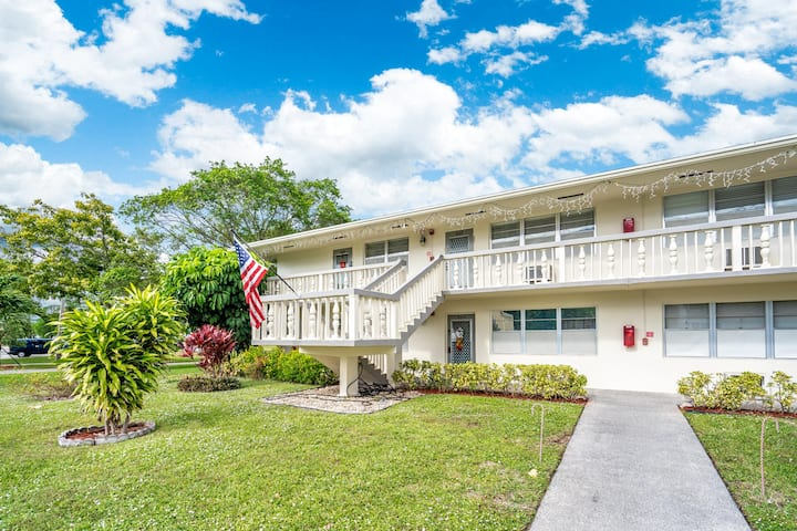 Fully equipped apartment, in Deerfield beach, Fl.
