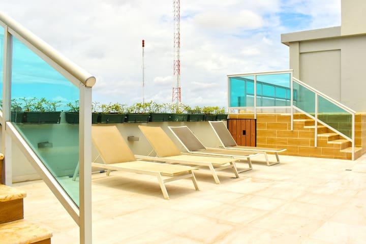 Centric Modern Apartment