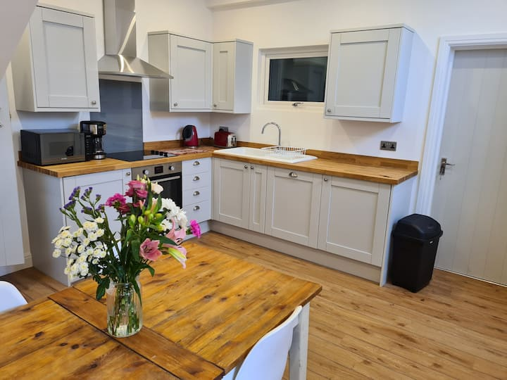 Modern Two Bed Home in the Heart of Hebden Bridge