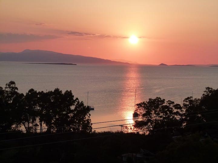 """Aegina Sea View Villas """"Klio"""" - Aegina Island"""