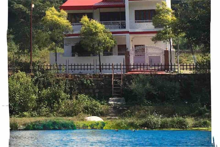 Wanderlust River stay 4BHK+Breakfast+Pet friendly