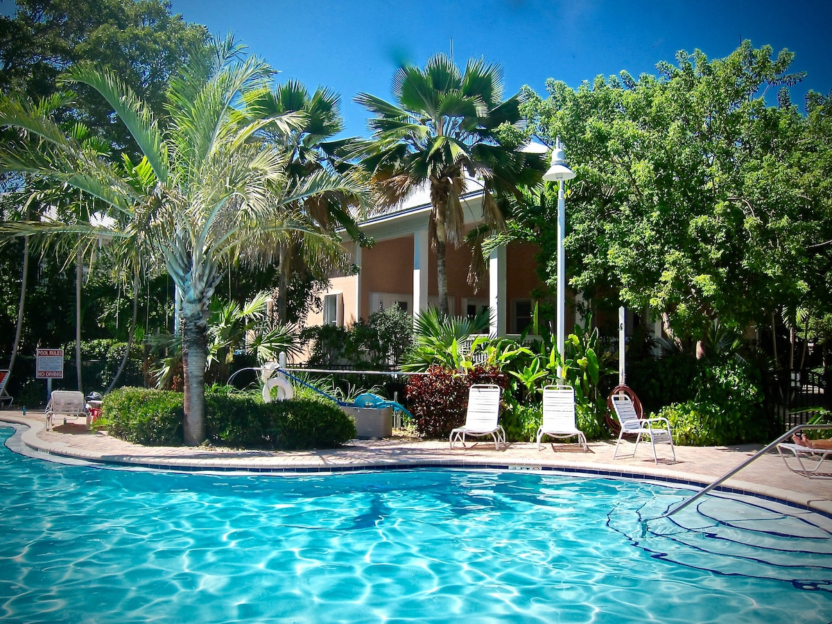 coral hammock pool  wel e home  newly updated family friendly  no storm damage   houses for rent      rh   airbnb