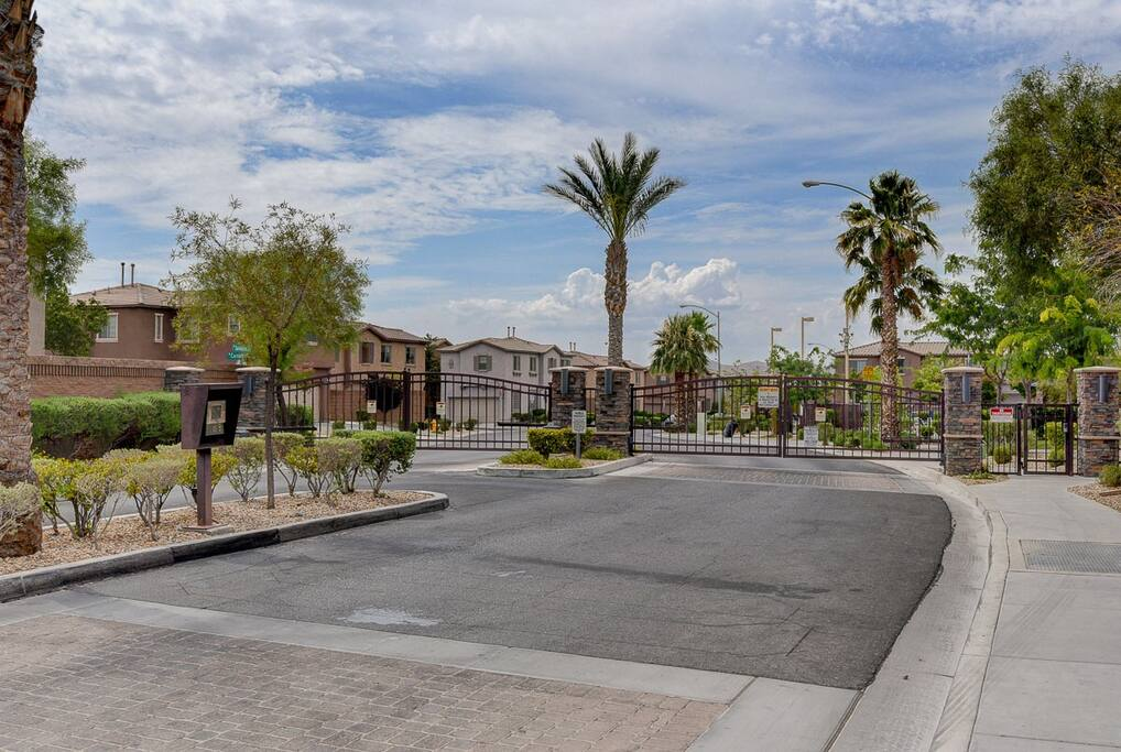 Gated community in a family friendly neighborhood