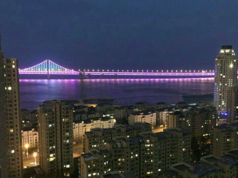 超级美的无敌海景房,在家可以看到跨海大桥