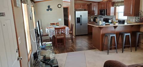 Come relax at cozy home near Lake McConaughy