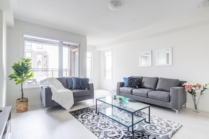 Brand new Elegantly designed 3 BDR House Oakville