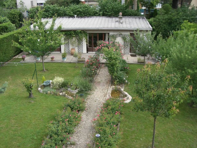 55 M2 house, parking facility, close Paris - Bourg-la-Reine - Ev