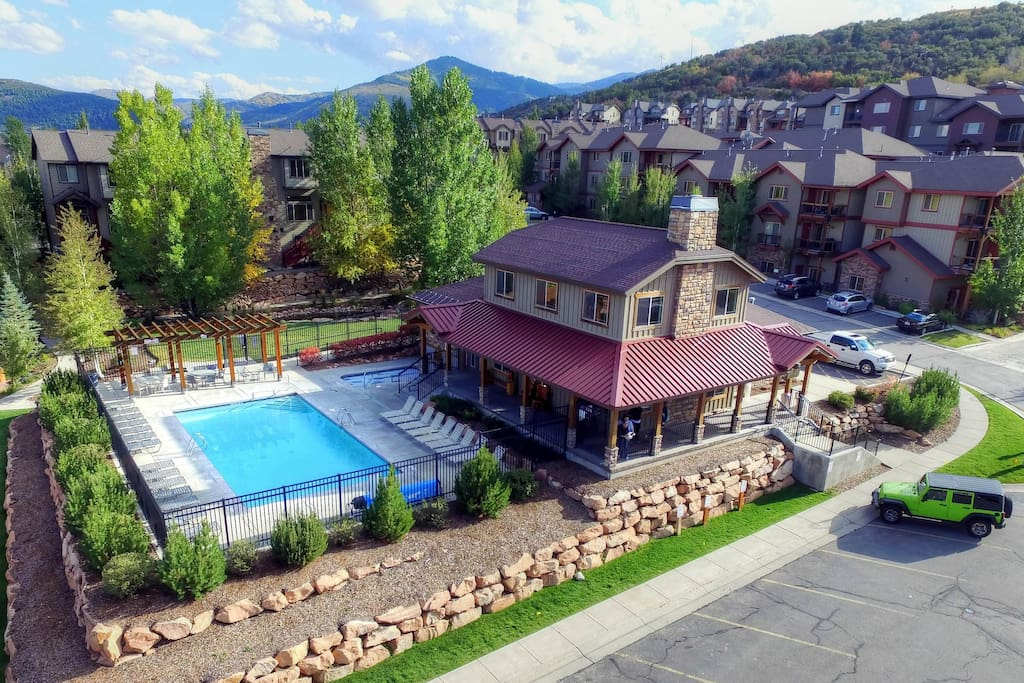 Bear Hollow Village Clubhouse - Pool (summer only) and Hot Tub
