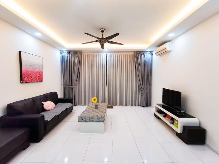 Sky Loft 6pax (WIFI) 13 @ JB City Homestay