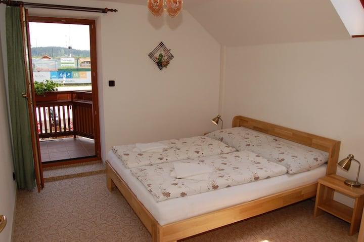3 pokojové apartmá s balkonem č.2