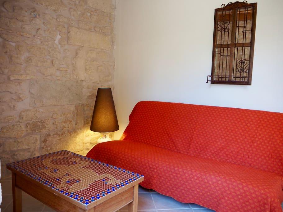 Salon Le Tilleul, canapé lit d'appoint