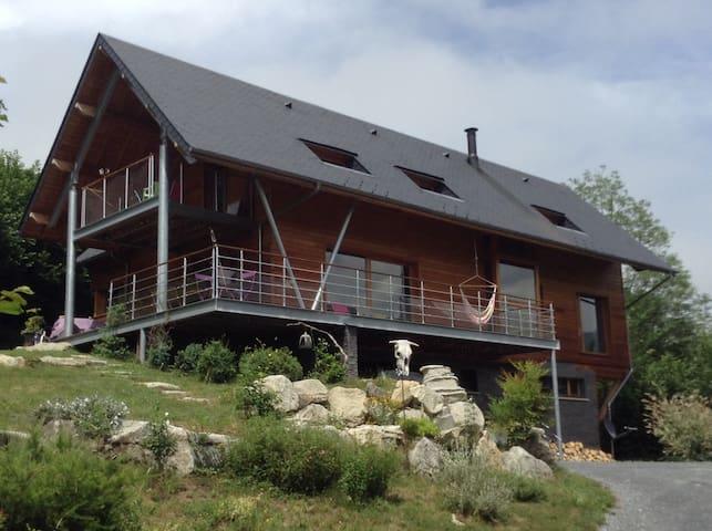 Maison bois val d'azun