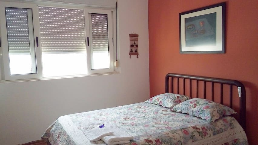 Comfortable room in better location and access