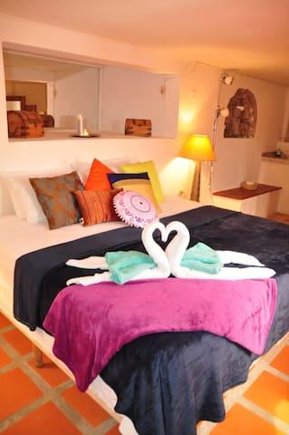 Morrocco Room @ Oceanview B&B Curacao