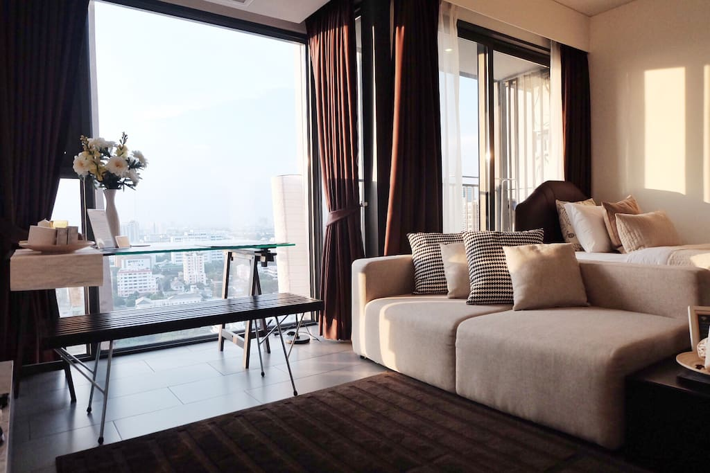 Ready-to-stay apartment with a stunning view of Bangkok, managed by HIPAK