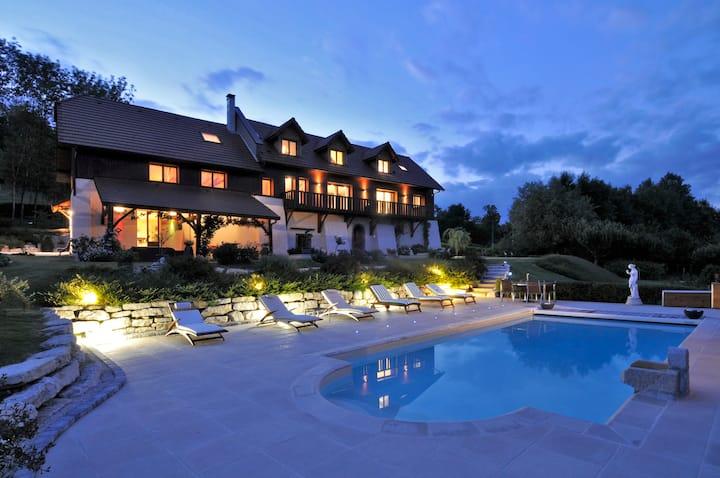 villa chambre d'hôtes 4* avec piscine chauffée