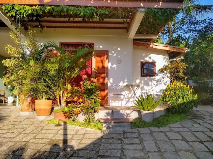 Suite Sabiá - Feiticeira - Localização ótima
