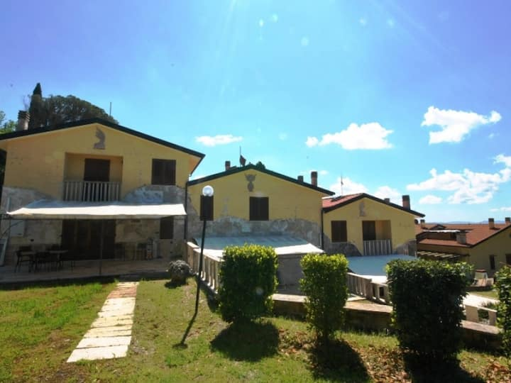 Appartament à Monteverdi Marittimo ID 3486